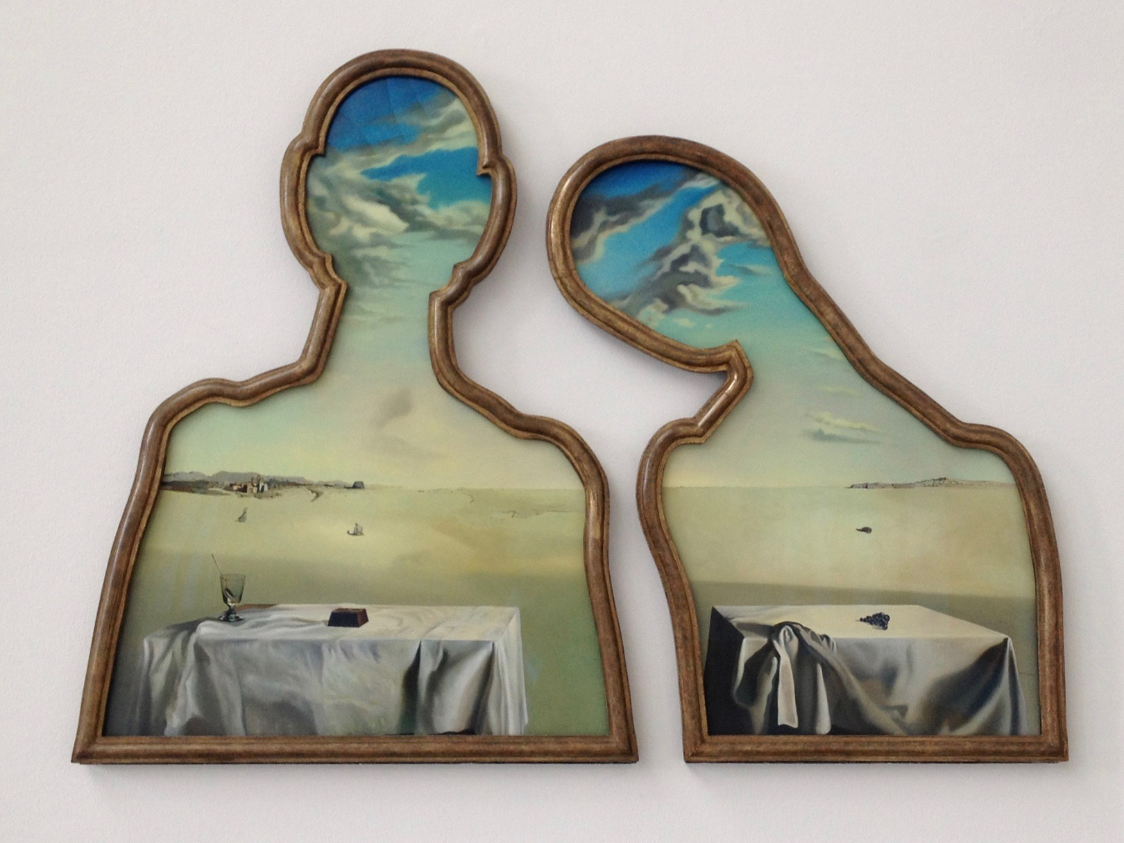 A couple with their heads full of clouds, Salvador Dalí